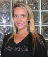 Dental Assistant Jennifer Lowe